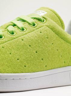 innovative design af481 41439 stan smith - adidas X pharell williams texture   balle de tenis coloris    vert orange blanc