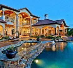luxury mansion in california | luxury homes | most beautiful homes