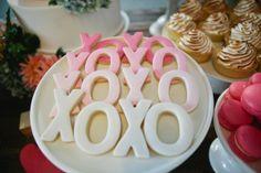 Hugs & Kisses Cookies - Cute for wedding reception.