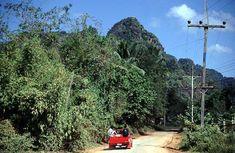 Thai Road Trip. Bangkok to Phuket & Phuket to Pha Phanang   http://feedproxy.google.com/~r/RussellabroadAThailandTravelBlog/~3/5imk_6KpFdc/thai-road-trip.html   Why isn't this getting some attention? @seabackpacker
