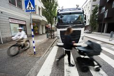 Güvenlik denilince akla ilk gelen otomotiv firması olan Volvo, kazaları önlemek için yeni sistemler geliştiriyor.