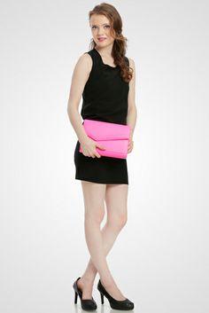 Piper Neon Clutch Bag  #clutchbag #taspesta #handbag #clutchpesta #fauxleather #kulit #party #simple #casual #elegant #fashionable #colors #pink Kindly visit our website : www.zorrashop.com