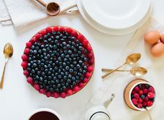 How delectable does this Berry Almond Yogurt Cake look!!