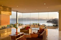 Awesome ocean-view Tiburon house, designed by Swatt Miers Architects.