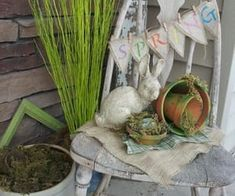 30 Lovely Easter Outdoor Decorations - Love the old chair. I have a couple of those downstairs. Why didn't I think of that? Diy Easter Decorations, Paper Decorations, Outdoor Decorations, 3d Christmas, Diy Christmas Ornaments, Rolled Paper Flowers, Letter Wall Art, Porch Decorating, Decorating Ideas