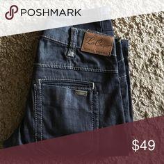 Lee Cooper Wax Denim Jean in size 25 Lee Cooper Wax Denim Jean in size 25 dd00db40f0