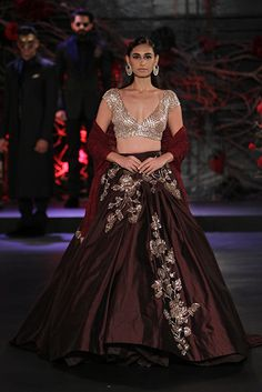 @manishmalhotra http://www.ManishMalhotra.in/landing/ | Amazon India #Couture Week 2015.