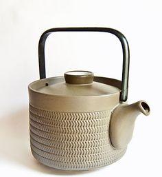 For Leslie…  Denby Chevron Teapot - Steel Handled