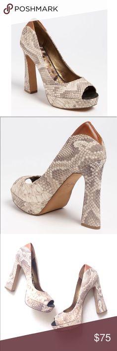 🌷NWOT Sam Edelman Tacoma Pumps NWOT Sam Edelman Tacoma peep toe Pumps in size 10M. Leather Upper. Sam Edelman Shoes Heels