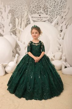 Items similar to Emerald green Flower Girl Dress Birthday Wedding Party Holiday Bridesmaid Flower Girl Emerald Tulle Lace Dress on Etsy Frocks For Girls, Kids Frocks, Gowns For Girls, Wedding Dresses For Girls, Dresses Kids Girl, Kids Outfits, Baby Girl Party Dresses, Girls Pageant Dresses, Bridesmaid Dresses