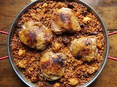 Yes, you can make paella on a weekend. Here's how to make it easy and fast. http://www.ivillage.com/easy-one-pot-dinners-made-unexpected-ingredients/3-a-532799