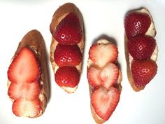 Strawberry Cheese Tartine Recipe #strawberries #breakfast #tartine