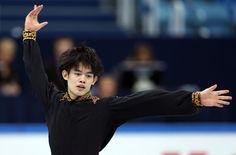 Takahiko Kozuka Photo - ISU Grand Prix of Figure Skating Final 2012 - Day Three