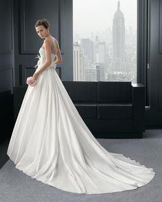 44 8A240 REVA - Vestido de Noiva - Rosa Clará