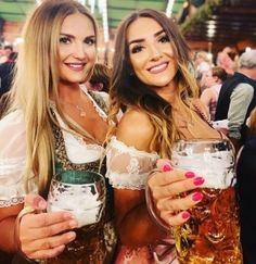 Share Pictures, Beer Girl, Festivals Around The World, Scantily Clad, Strip, Beer Festival, Festival Fashion, Gorgeous Women, Dirndl