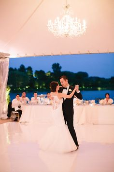 Blush Pink: Chicago Botanic Garden Wedding | Jenelle Kappe Photography
