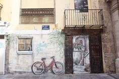 24 HOURS IN VALENCIA