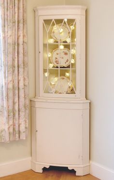 VINTAGE CORNER DISPLAY CABINET, SHABBY CHIC FRENCH STYLE Hand Painted | eBay