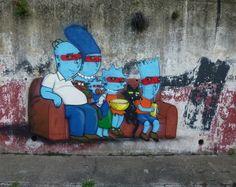 A ARTE DO GRAFITE NO BRASIL E NO MUNDO Escritos ou desenhos que foram rabiscados ou pintados em paredes, ou outras superfícies, geralmente públicas. O termo grafite surgiu no Império Romano e por muito tempo foi visto como irrelevante ou mera contravenção; hoje é uma arte reconhecida mundialmente (street art – arte urbana). http://paginacultural.com.br/a-arte-do-grafite-no-brasil-e…/ #grafite #cultura