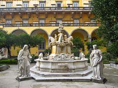 Napoli -Il Chiostro Di San Gregorio Armeno- Campania, Italy