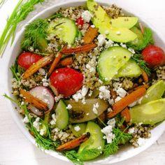Lemony Herb Quinoa Salad - Layers of Happiness Best Vegetable Curry, Vegetable Quinoa, Feta Salad, Quinoa Salad, Salad Recipes, Healthy Recipes, Savoury Recipes, Meal Recipes, Healthy Salads
