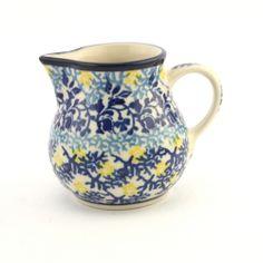 Milk jug - Polish pottery - This beautiful hand decorated ceramic milk jug can be used in dishwasher, microwave and oven every day. - Tato krásná keramická mléčenka se stane ozdobou každého stolu. Každý kus je vhodný pro denní používání v myčkách, mikrovlnných i pečících troubách. Každý jednotlivý výrobek je odekorován ručně pod glazuru zkušenou umělkyní. Proto je každý náš výrobek originál.