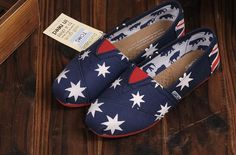 Toms Shoes Womens Classic Navy Blue Red Canvas : Toms Outlet Online,Cheap Toms shoes, Toms outlet store online,which provide best toms shoes online.Toms shoes for women,toms shoes for kid on sale.