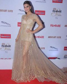 Jacqueline Fernandez | Bollywood Celebs Looked Ridiculously Hot At The Filmfare Glamour And Style Awards
