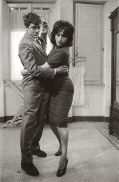 Pier Paolo Pasolini and Anna Magnani on the set of Mamma Roma