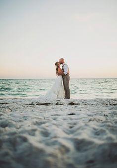 destination wedding venue / destination wedding location / florida island wedding / Ariel Renae Photography / wedding photographer / romantic destination wedding / ocean