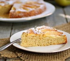 Hungry Couple: Simple Apple Cake