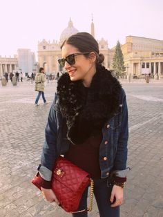 fur snood, wayfarers, denim jacket, and the perfect pop of red with a quilted bag. so casual & trendy.