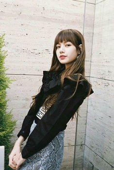 BLACKPINK Lisa CH+ Update Blackpink Lisa, Jennie Blackpink, Kpop Girl Groups, Korean Girl Groups, Kpop Girls, Yg Entertainment, K Pop, Rapper, Thai Princess