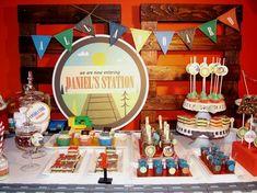 Vintage+Train+Birthday+Party+[Boy+Bash]+via+@spaceshipslb