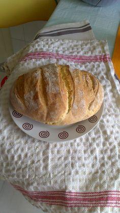 asta da,paine...:) Bread, Food, Pastries, Essen, Buns, Yemek, Breads, Sandwich Loaf, Eten