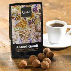 Spanish hazelnuts and white chocolate praline are combined to create handmade Antoni Gaudi bonbons by Cudie. LaTienda offers the best of Spain shipped direct to your home - fine foods, wine, ceramics and more. Unique Desserts, Antoni Gaudi, Portuguese Recipes, Spanish Food, Christmas Candy, Chocolate Covered, Bonsai, Almond, Sweets