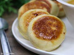 Les dampfnüdle sont des pains gonflés à la vapeur. Une recette Alsacienne facile à réaliser que vous allez adorer! Pour le plat ou le dessert.