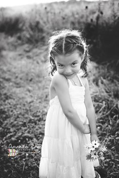 Amanda Rose Photography, natural light photographer.  NWI Indiana, Valparaiso, IN.  Chicago.  Outdoor child photography.