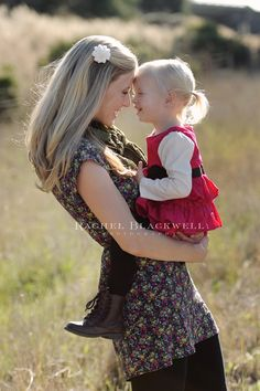 Adorably cute mother / daughter pic by Rachel Blackwell