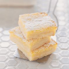 Buttery Lemon Squares With a buttery crust and custard-like filling, these lemon squares taste as good as they look. A dusting of powdered sugar completes the bar cookie recipe. Holiday Cookie Recipes, Easy Cookie Recipes, Dessert Recipes, Holiday Cookies, Holiday Baking, Just Desserts, Delicious Desserts, Yummy Food, Easter Desserts
