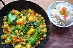 Potatoe Orange Curry with fresh Spinach & Chickpeas