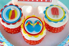 Pool party ideas - flip flop, popsicle, and beach ball cupcakes
