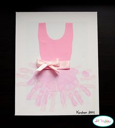 Hand print tutu ~ So cute for a little one who likes ballet!