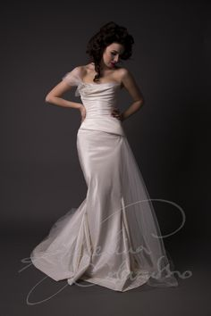 Couture bridal designer renowned for elegance and glamour, outstanding corsetry, timeless design and signature body draping . Wedding Dresses London, Elegant Wedding Dress, Best Wedding Dresses, Designer Wedding Dresses, Bridal Dresses, Gown Wedding, Lace Wedding, Wedding Vows, Pnina Tornai