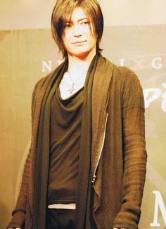 Kamui Gakuto, aka Gackt - why he so dang purrrty?!
