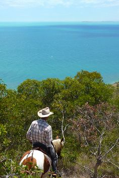Rando à cheval en Nouvelle-Calédonie #oceanie #chevaldaventure