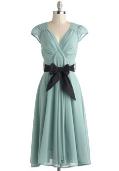 Romance Holiday Dress, #ModCloth//A little greener in person than online, but the dress itself is lovely. Very romantic and sweet- reminds me of Anne of Green Gables. Would probably replace the sash with a jeweled belt or something not as dark, but otherwise it's lovely!