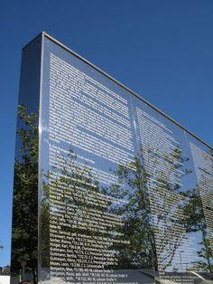 Spiegelwand / Denkzeichen in Steglitz, Holocaust memorial to the victims from Steglitz, Berlin.