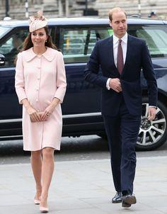 La duquesa de Cambridge arranca su semana más intensa de trabajo bromeando con su suegro - Foto 2