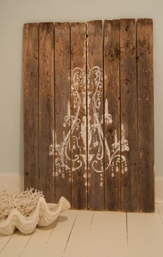 Stencil a chandelier.or anything else on old wood. Wood Bead Chandelier, Painted Chandelier, Chandeliers, Chandelier Bedroom, Cool Headboards, Old Wood, My New Room, Wooden Signs, Wooden Boards